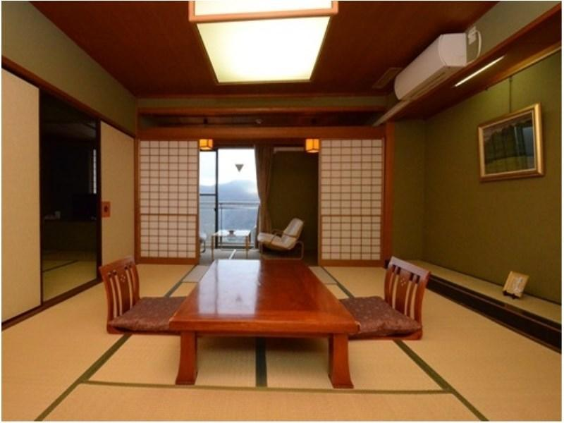 Japanese-style Room with Hiroen Space (Top Floor)