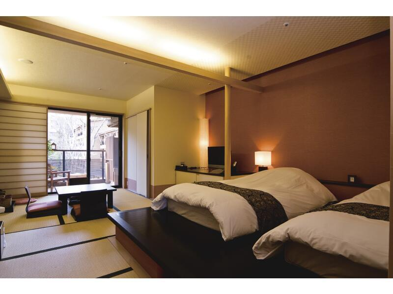 山水亭 和洋式房+露天風呂 (Japanese/Western-style Room with Open-air Bath (2 Beds))
