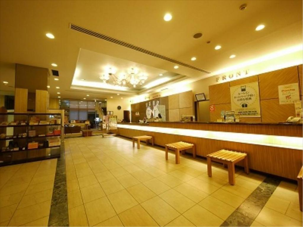大堂 露櫻GRANTIA 福山SPA RESORT (Route Inn Grantia Fukuyama Spa Resort)