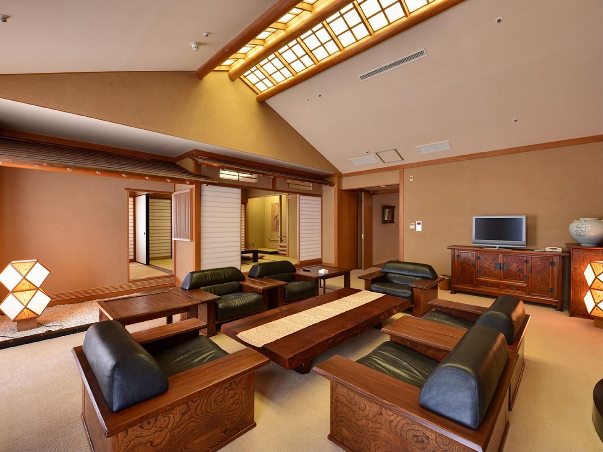 特别房(和洋类型皇家套房) (Special Japanese/Western-style Royal Suite)