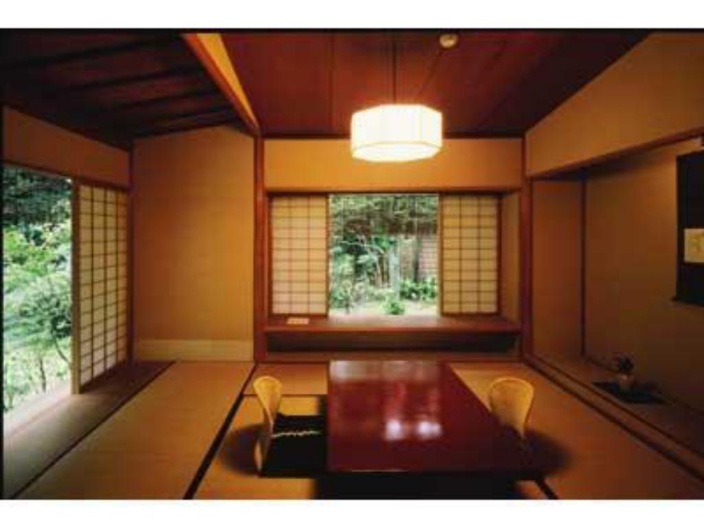 Japanese Style Room - Guestroom Asaba