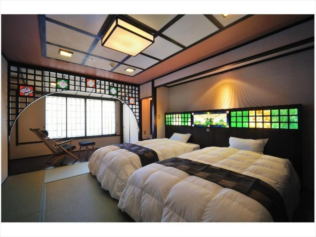 Japanese-style Room with Dining Room (Twin Beds) - Guestroom Kashintei Shirahama
