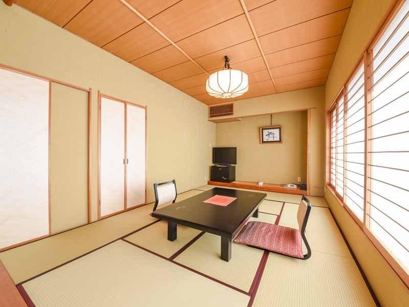 Japanese-style Room (Ikoi Type) *Floor cannot be designated