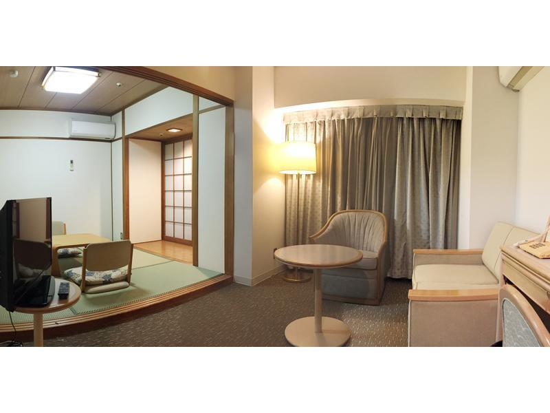 和洋室|4.5畳+洋間14平米 (Japanese/Western-style Room with Living Room (2 Beds))