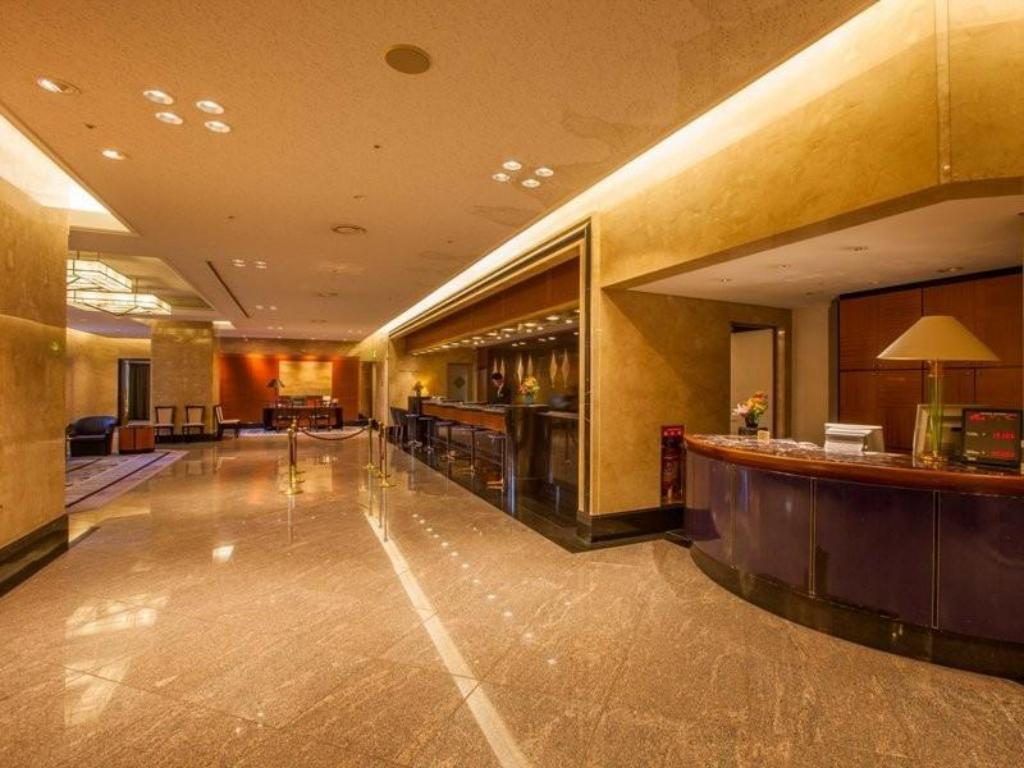 More about Hotel New Otani Makuhari