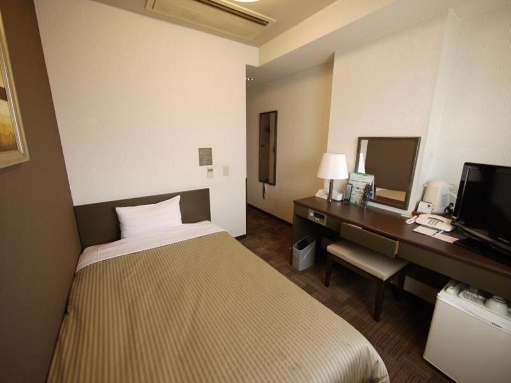 Single Room - Guestroom Hotel Route-Inn Court Uenohara