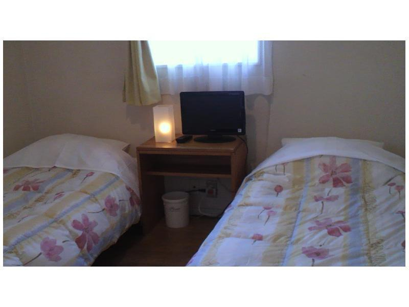阁楼式四床房 ※无浴室厕所 (Loft-type Quad Room *No bath or toilet in room)