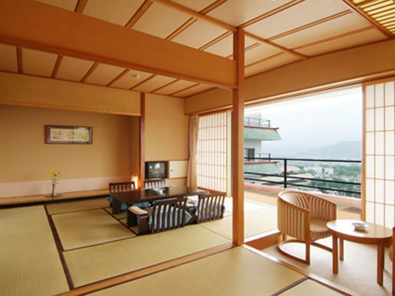 Japanese-style Room (Hana-no-Yakata Wing)