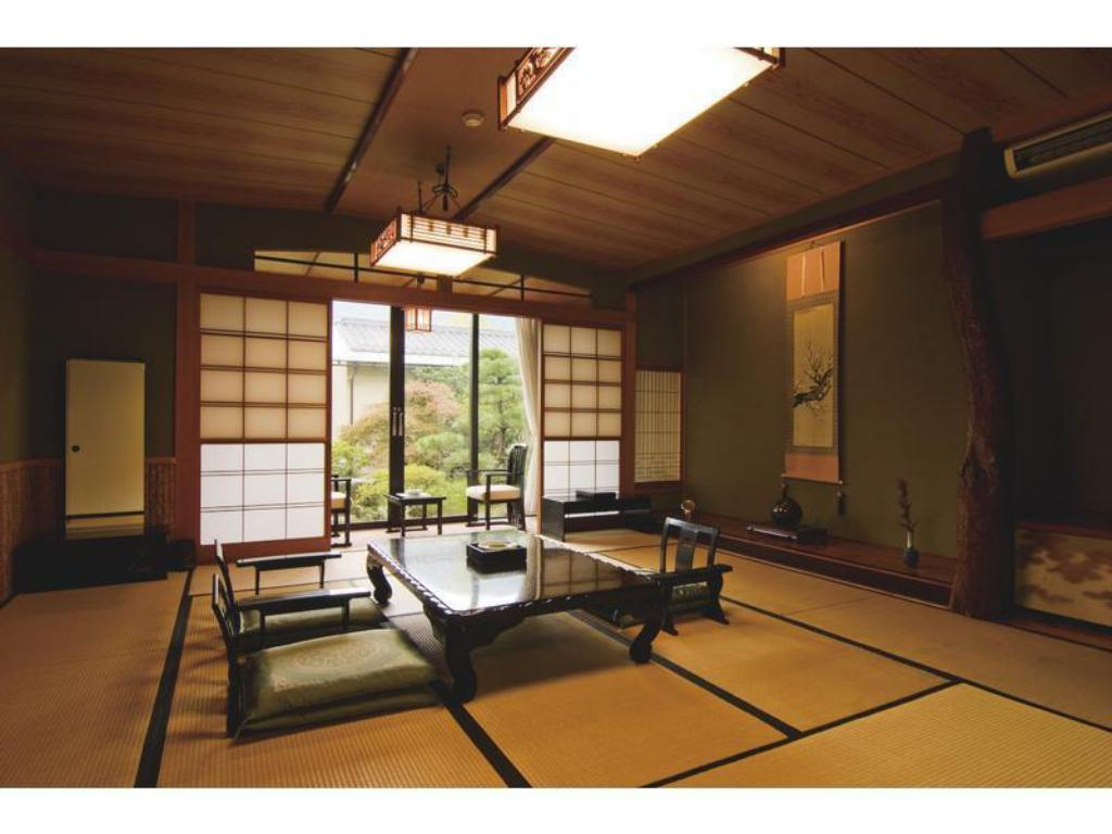 Japanese Style Room - Guestroom Ryotei Takano
