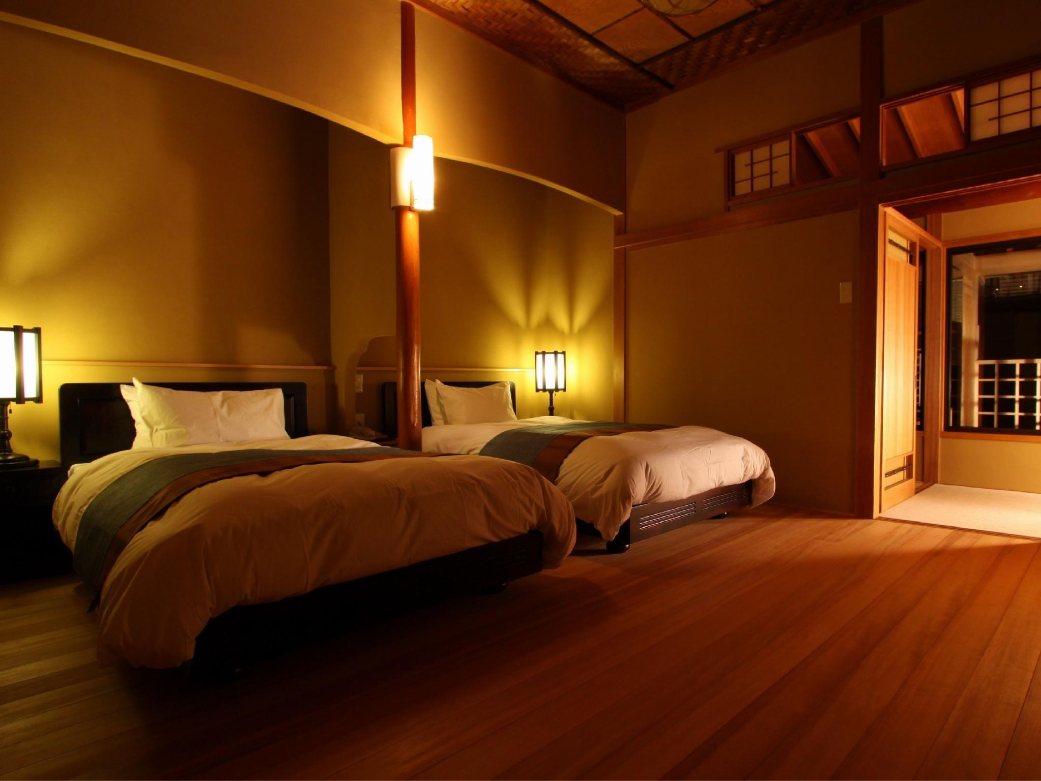 Japanese/Western-style Room with Open-air Bath (Shakunage Type, Shorai-so Wing)