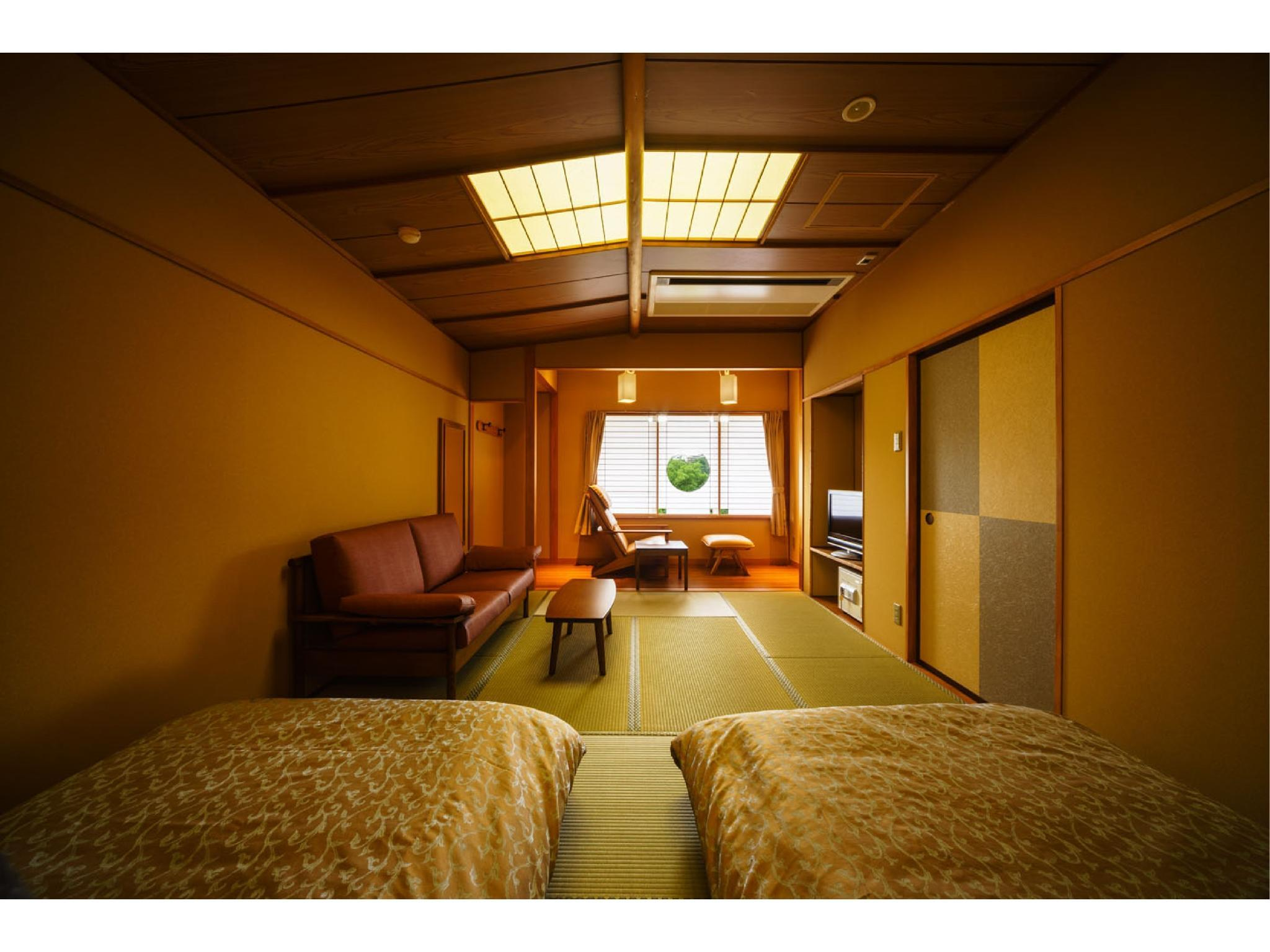 Japanese-style Twin Room with Beds (East Wing) *Refurbished July 2016