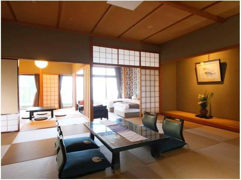 和洋式房 (Special Japanese/Western-style Room (2 Beds, Hana-no-To Wing))