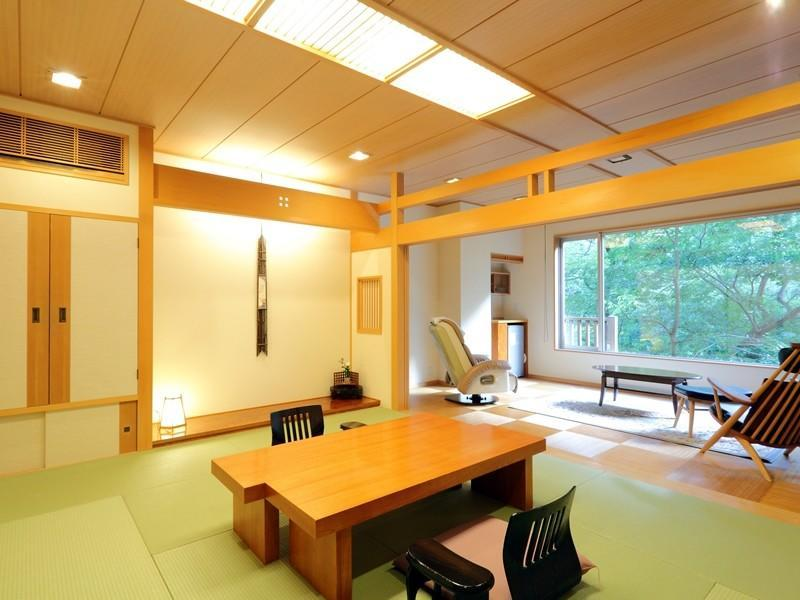 Japanese-style Room with Wooden Floored Living Room