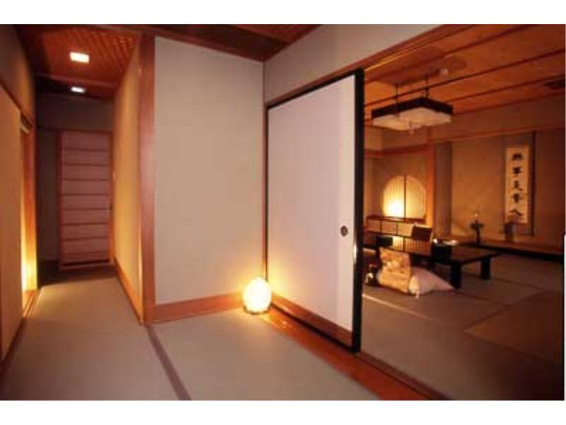 Special Japanese-style Room (Top Floor, Jibutei Wing)