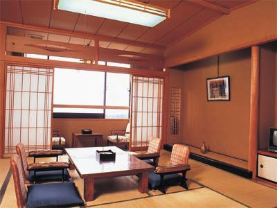 西館 和室 |12.5畳 (West Wing Japanese Style Room)