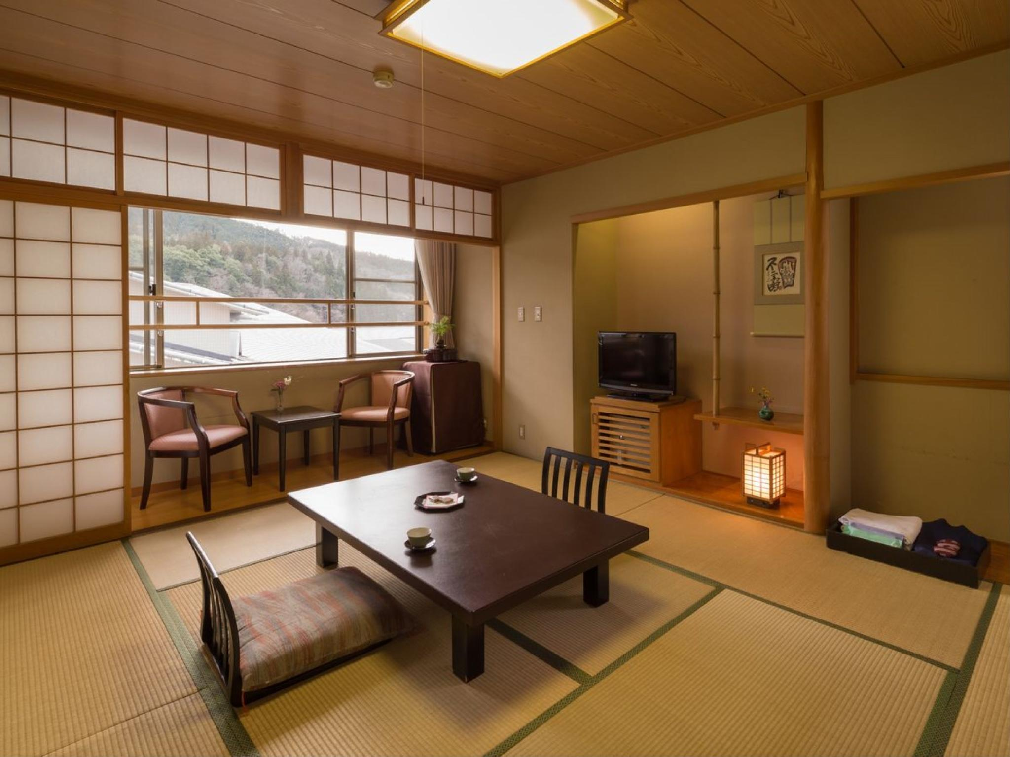 다다미 객실(유닛배스) (Japanese-style Room with Modular Bath)
