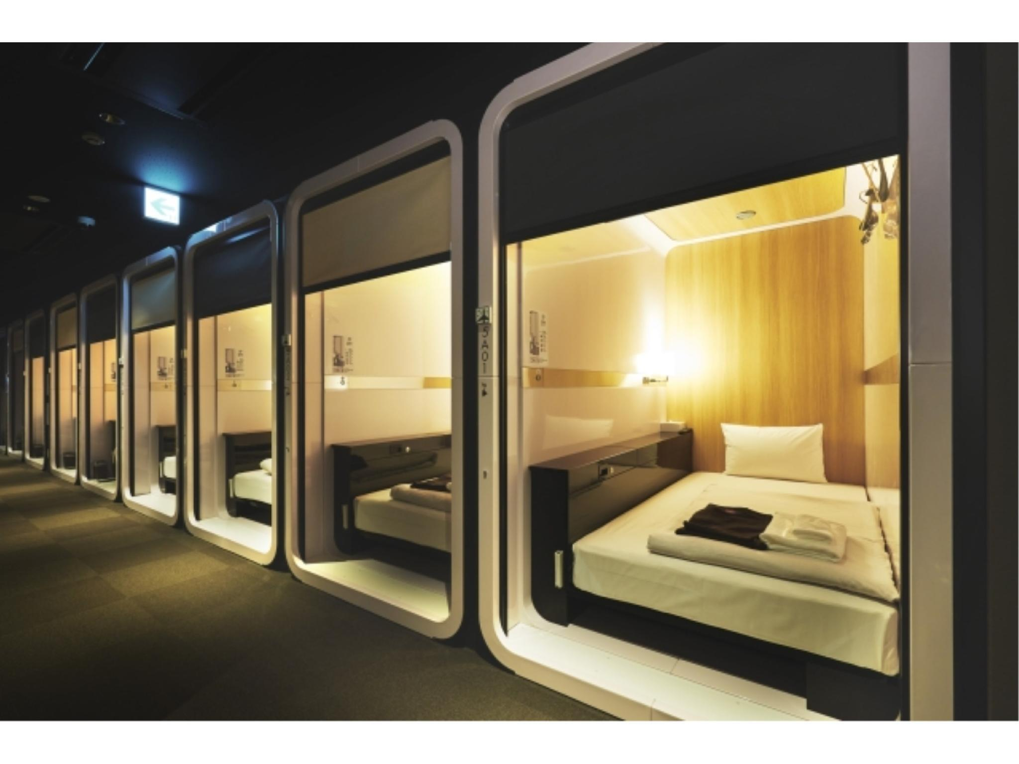 男士商务客舱房 (Men's Business Class Cabin Room)
