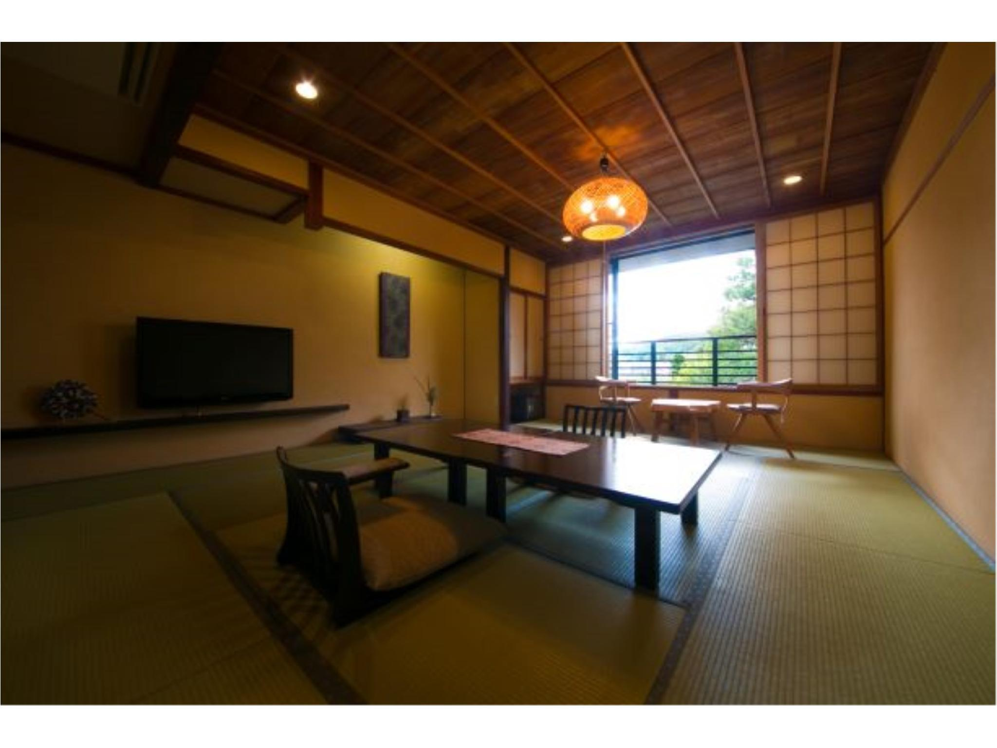 和室(12畳)|12畳 (Standard Japanese Room with Futon (Japanese traditional style of bedding) )