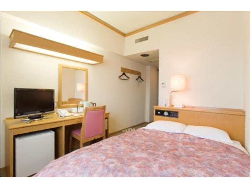 小型雙人房 (Semi-Double Room)