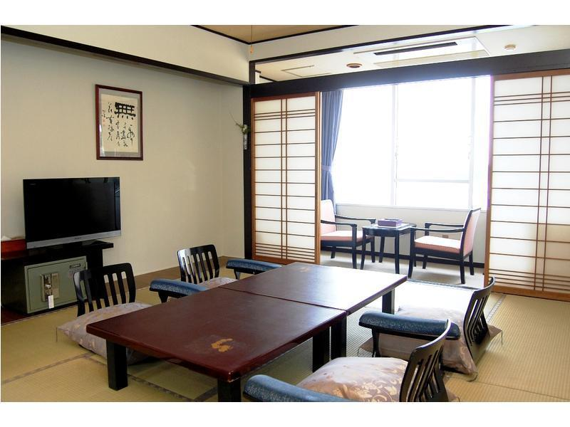 本馆 标准和式房 (Standard Japanese-style Room (Main Building))