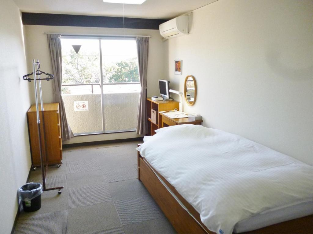 Single Room - Guestroom Econo-Inn Kyoto