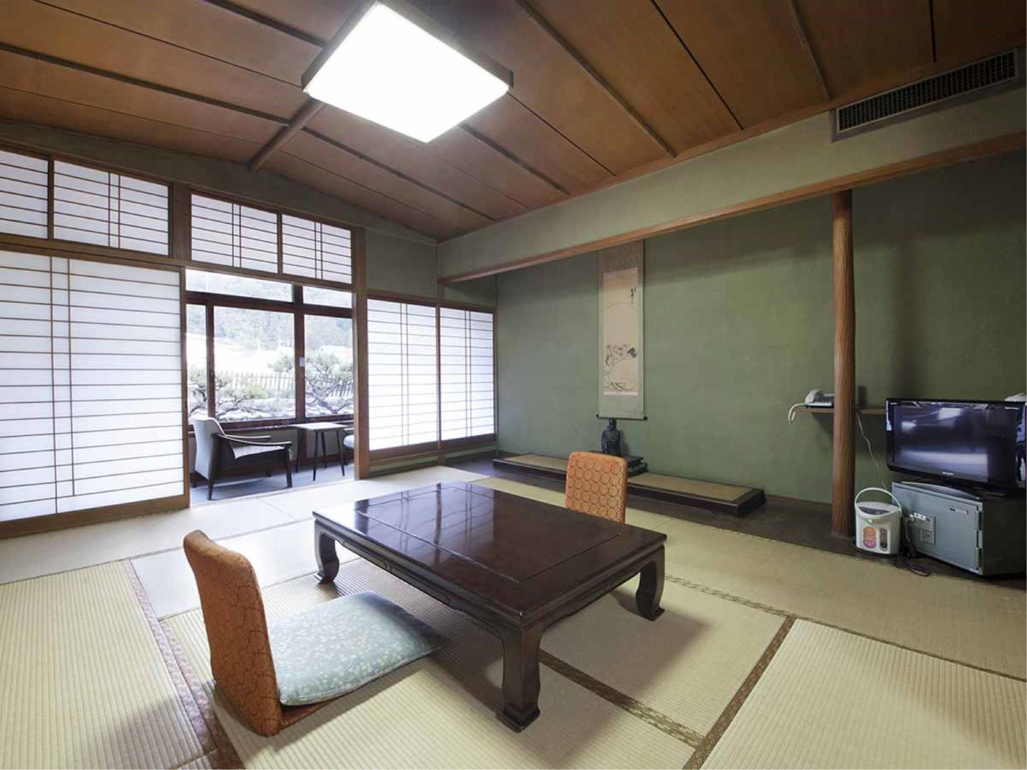 和式房※有廁所 (Japanese-style Room *Has toilet)