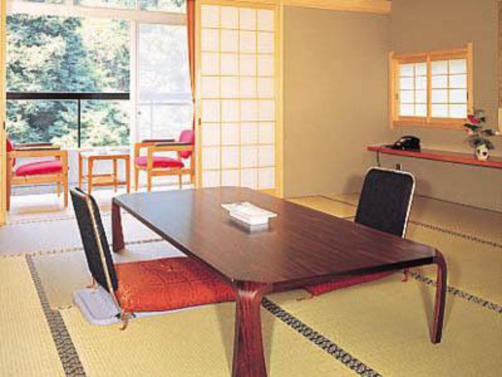 Japanese Style Room - Guestroom Tounomine Kanko Hotel