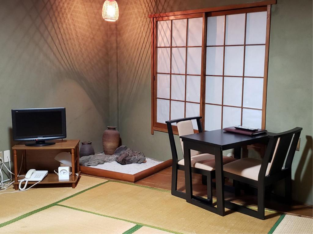 Room - Guestroom Shiroyama Inn in Ikoma City
