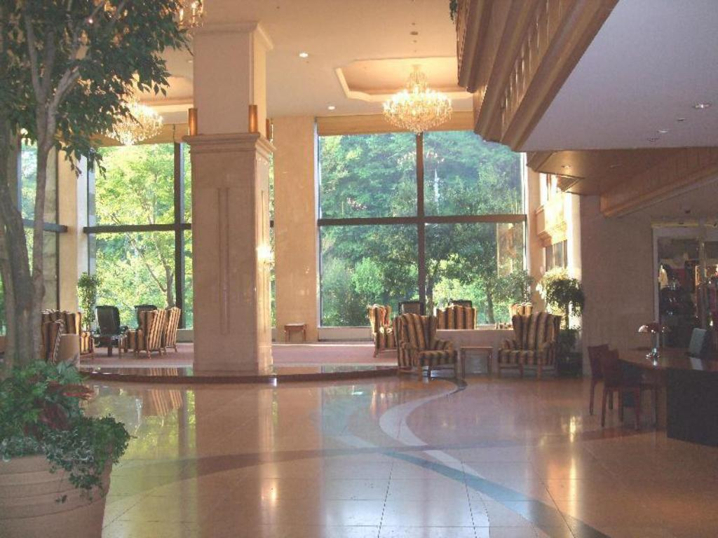 Lobby International Garden Hotel Narita