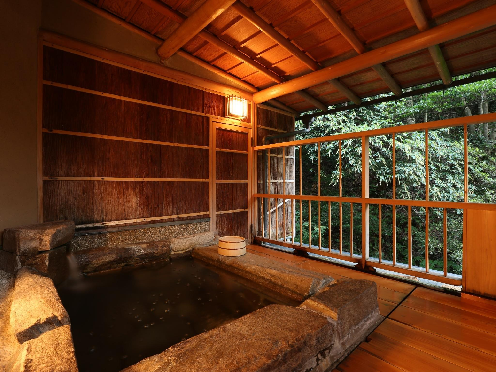 Japanese-style Room with Open-air Bath (Niwa-no-To Wing)