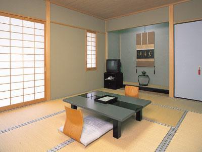 和室|10畳+踏込2畳 (Japanese Style Room Main Building)
