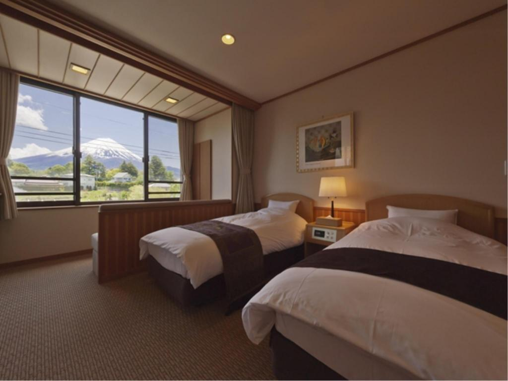 Universal Japanese/Western-style Room (Main Building) Oike Hotel