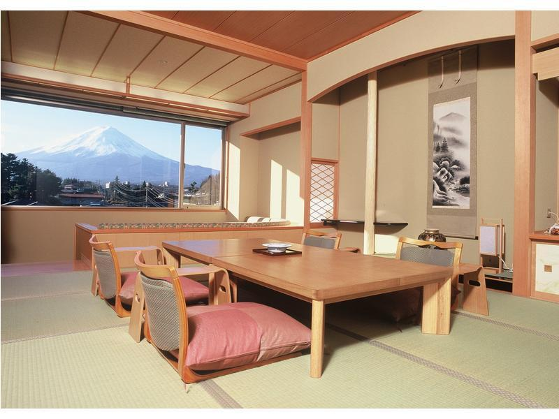 다다미 객실(별관/실내 툇마루/소파/전망탕) (Japanese-style Room with Scenic View Bath, Veranda and Sofa (Annex))