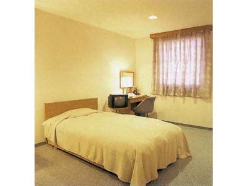 單人房(雙人中床)  (Single Room (Semi-double Bed) )