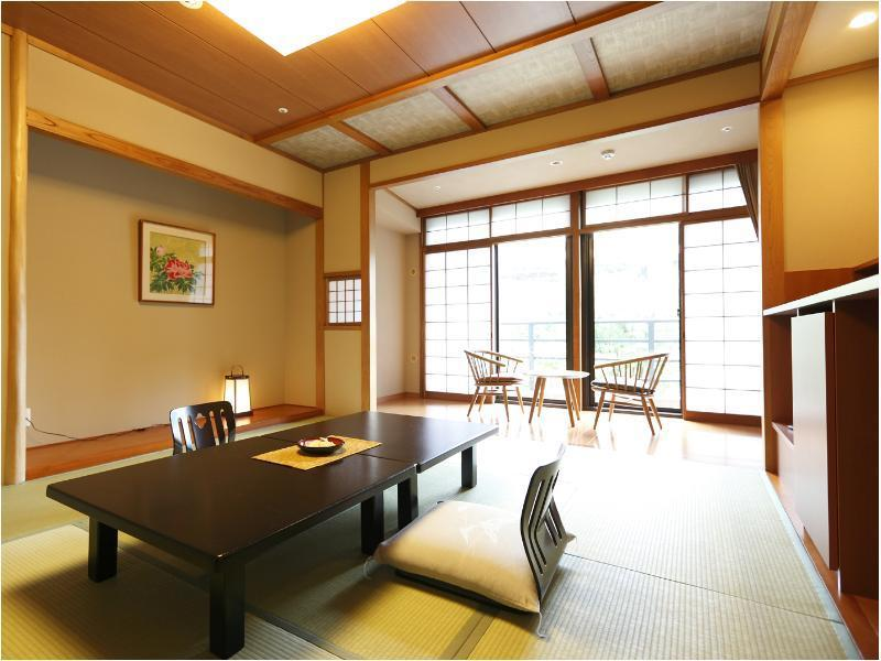 【禁煙】和室10畳|10畳+踏込0.5畳 (Japanese Style Room Main Building)