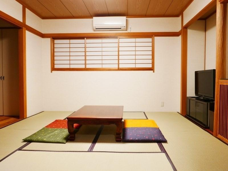 和式房※有厕所浴室 (Japanese-style Room *Has bath and toilet)