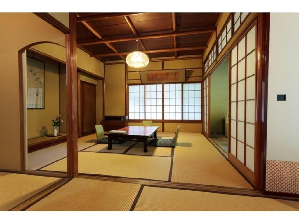 Japanese-style Room (Ume-1 Type) - Guestroom