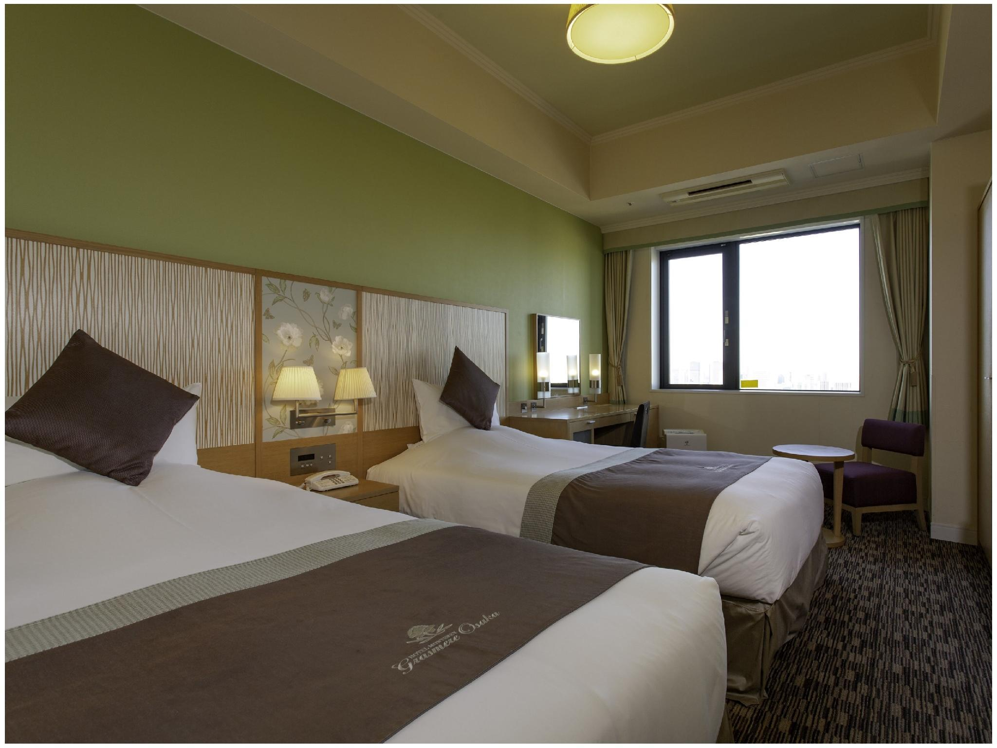 包角雙人雙床房+簡易床 (Corner Twin Room (Twin Room + Extra Bed))