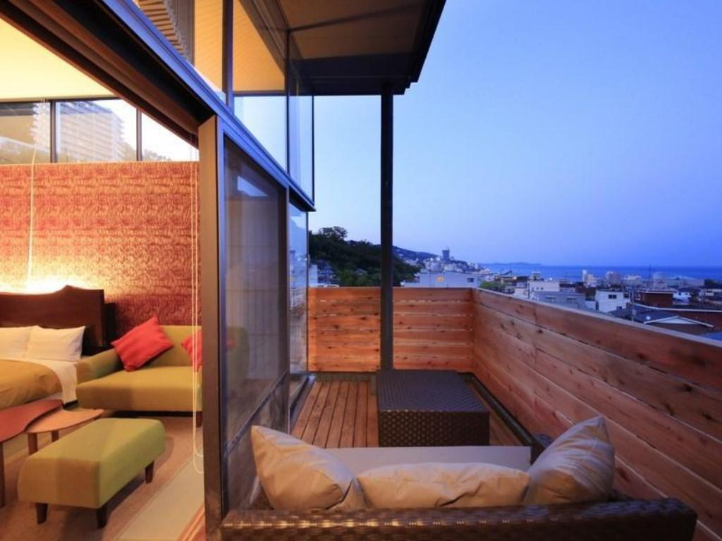 Japanese-style Twin Room with Open-air Bath - Guestroom