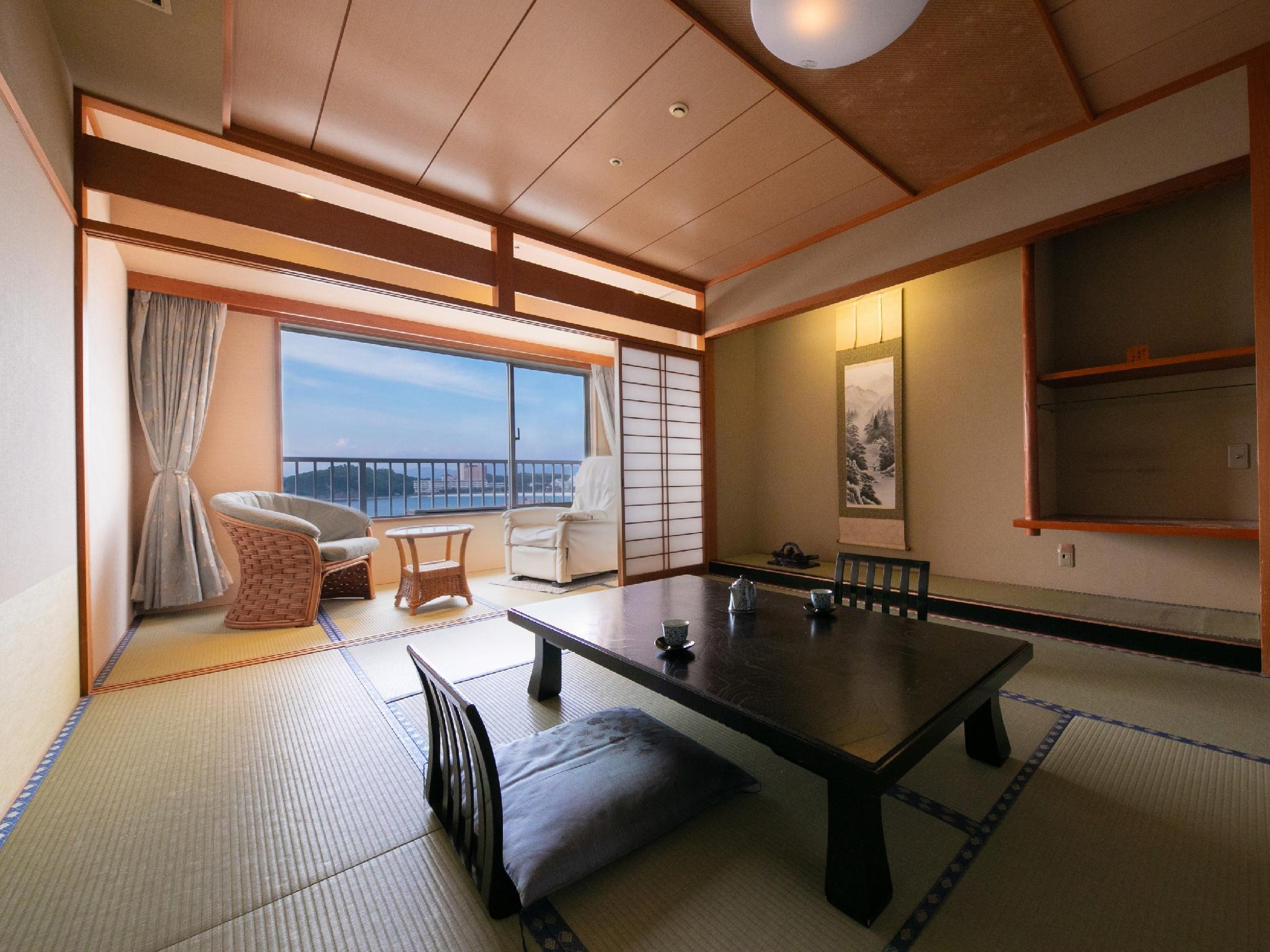 和式房+按摩椅 (Japanese-style Room with Massage Chair)