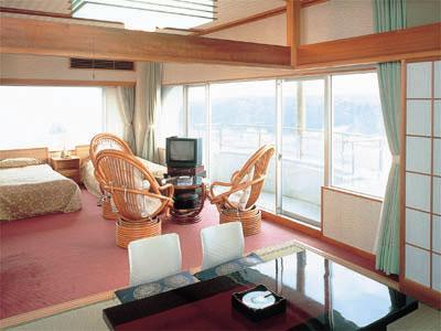 和洋式房 (Japanese/Western-style Suite (2 Beds))