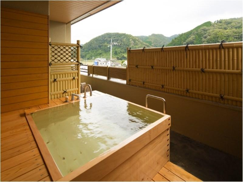 Japanese-style Room with Open-air Bath (12 tatami)
