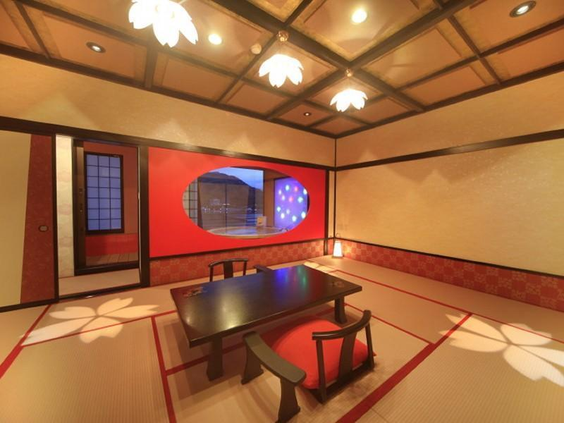 最上階 直径180cm露天付 「花のとき」 (Japanese-style Room with Open-air Bath (Hana-no-Toki Type, Top Floor))