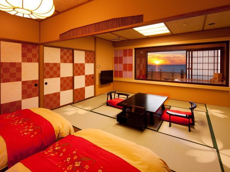 和室6帖+10帖露天風呂付 (Japanese Style Room with Open-Air Bath)