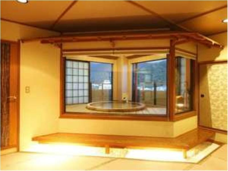 最上階直径190cm露天付「ゆめうつつ」 (Special Room with Open-air Bath (Yumeutsutsu Type, Upper Floors))