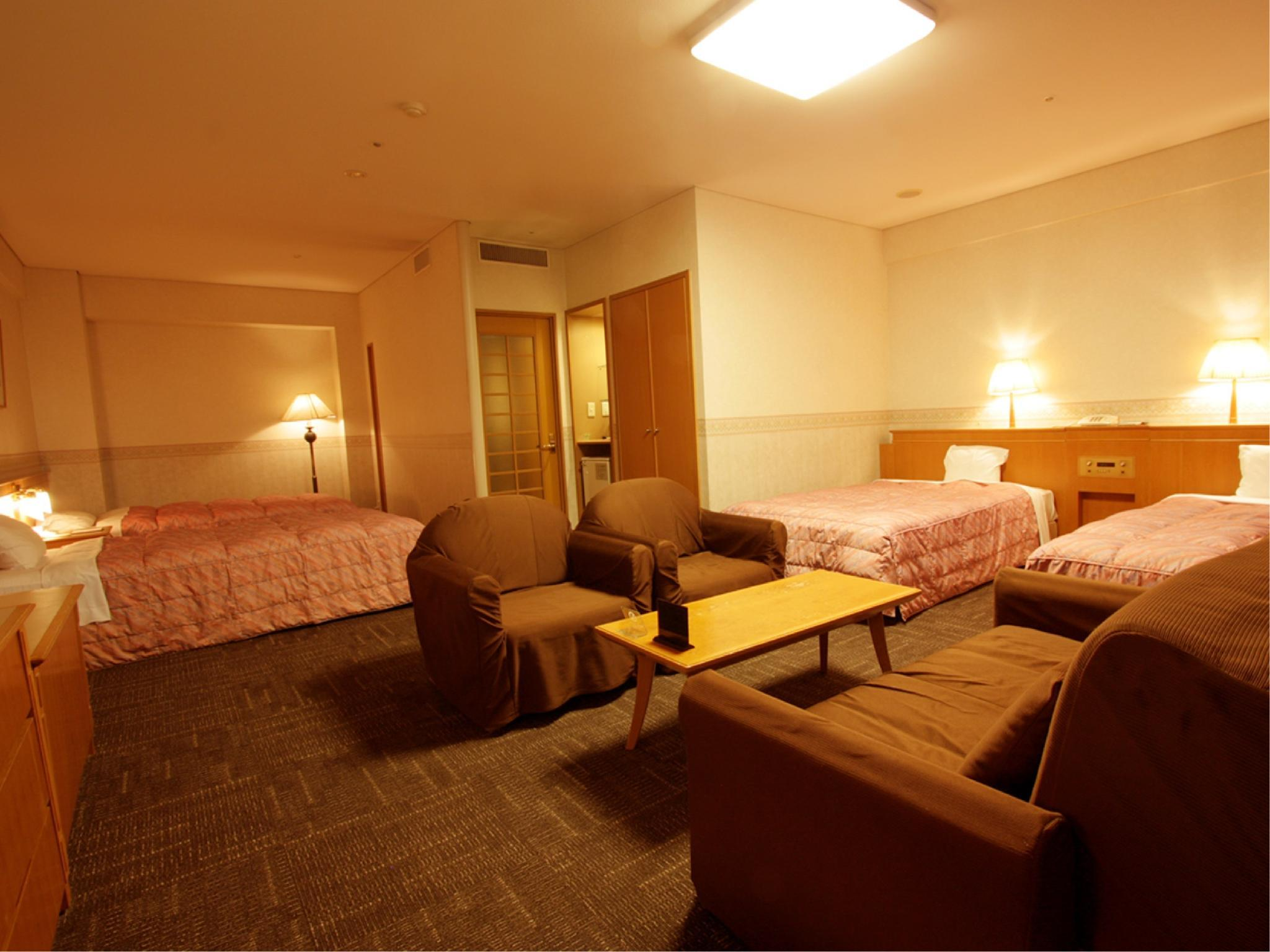 四床房 (Deluxe Room (North Wing))