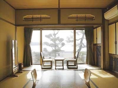 和式房 (Japanese-style Room (Ocean Side))
