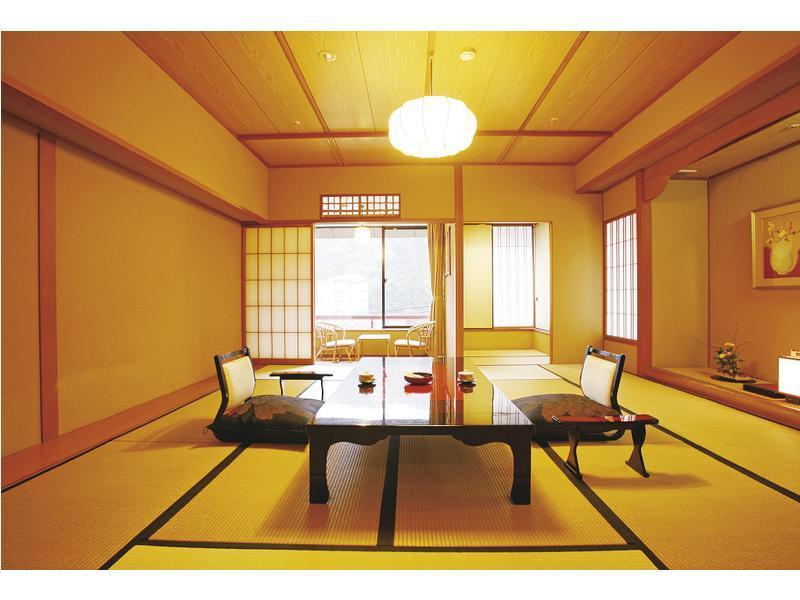 升等和式房 (Upgraded Japanese-style Room)