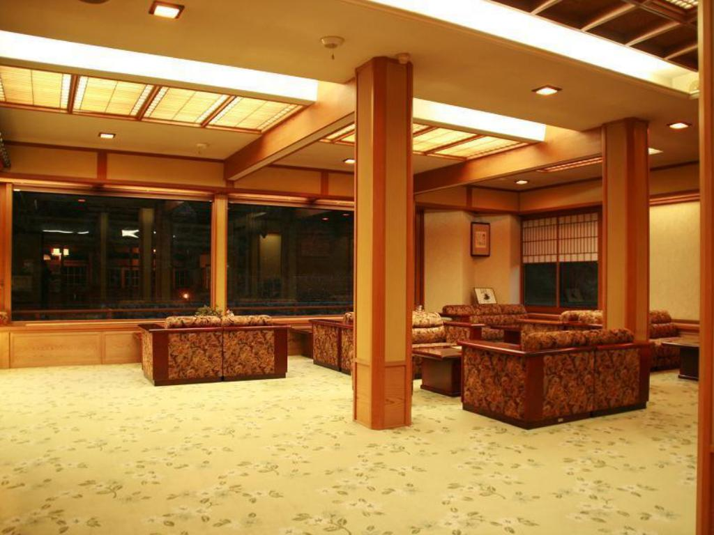 Lobby Nationally Registered Tangible Cultural Property Ryokan Ohashi
