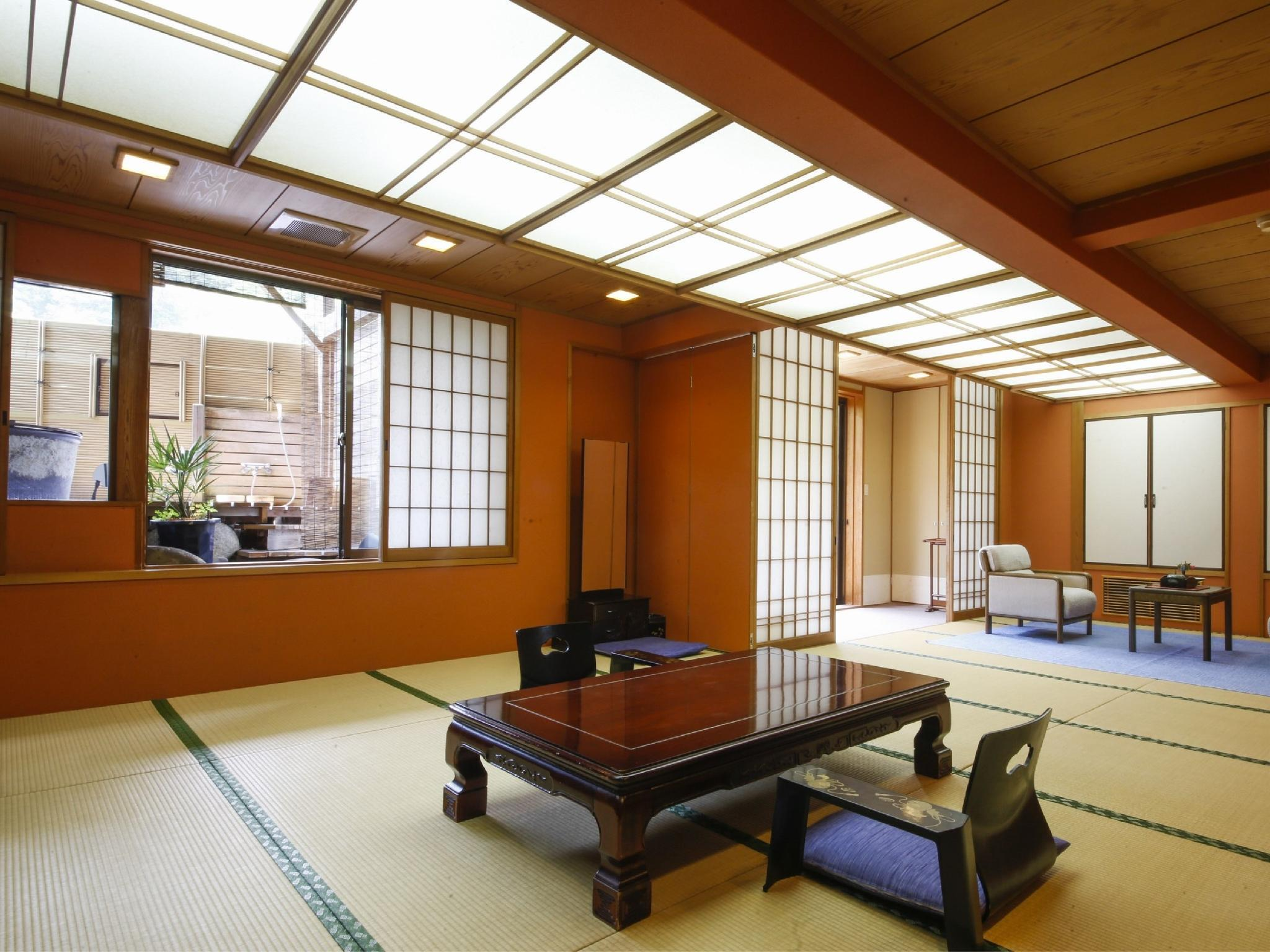 Special Japanese-style Room with Open-air Hot Spring Bath (Suisen-no-Ma Type)